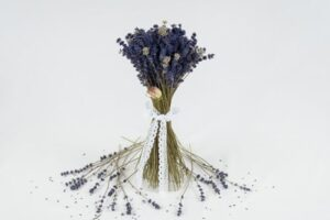 Buchet din flori de lavanda