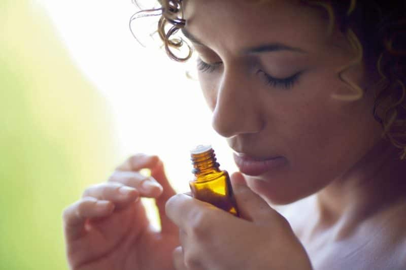 Aromaterapie cu ulei esential de lavanda